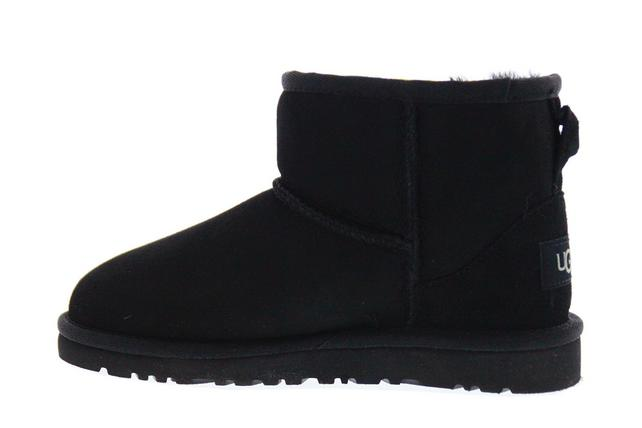ugg classic garcon